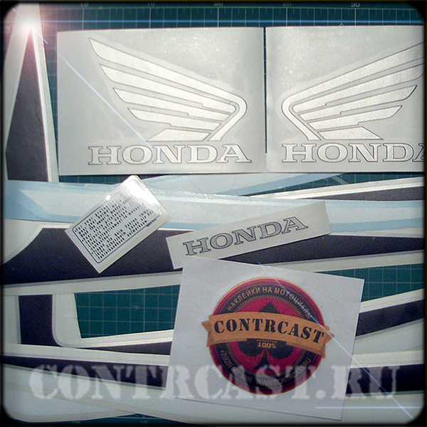 наклейки_на_мотоцикл_honda_cb400_super_four